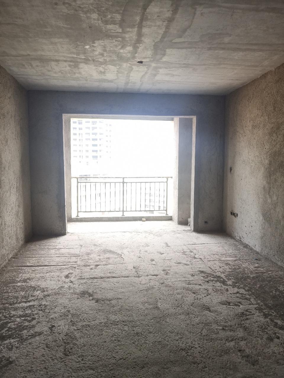 大都会3室 2厅 2卫63.3万元
