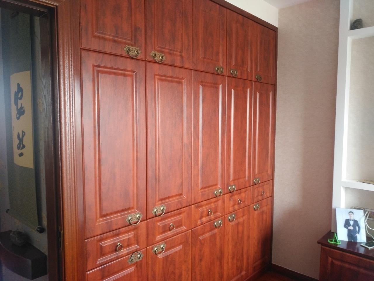 滨河星城3室 1厅 1卫92.8万元