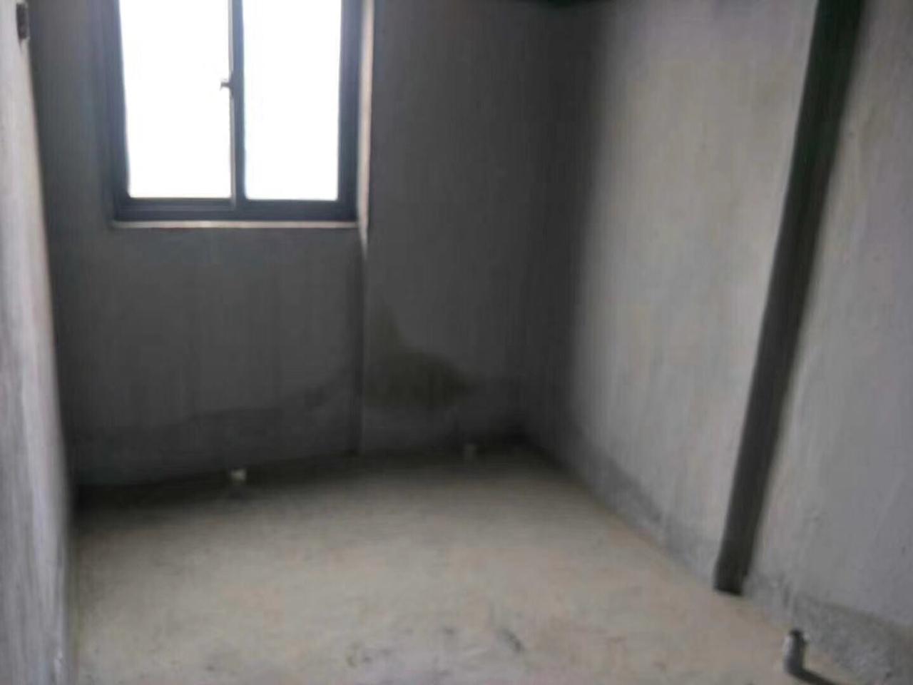 得庭财富广场3室 1厅 1卫54万元