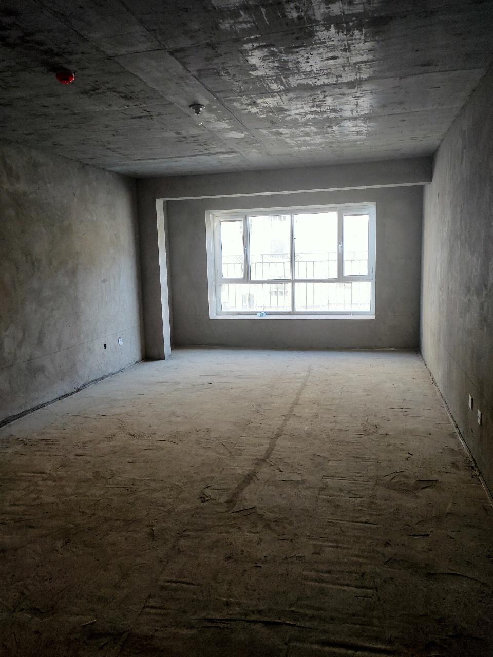 世纪名门3室 2厅 2卫78万元