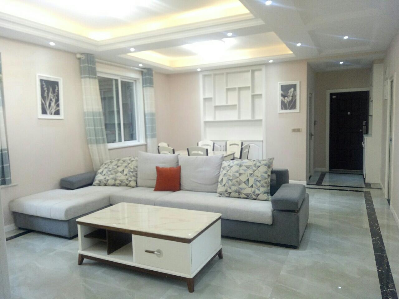 尚西国际大气3室 2厅 2卫82.8万元