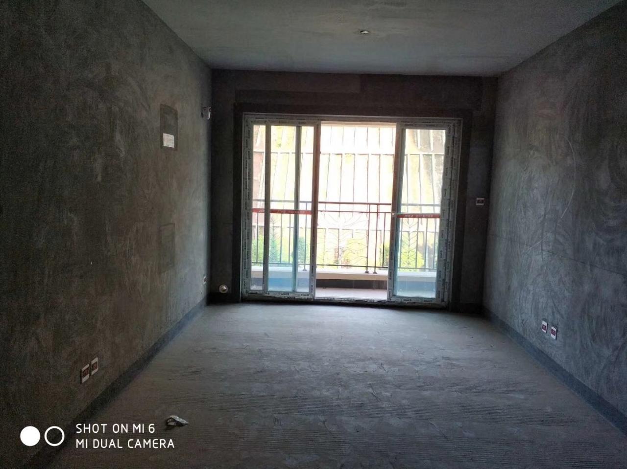 金科3室 2厅 1卫43万元