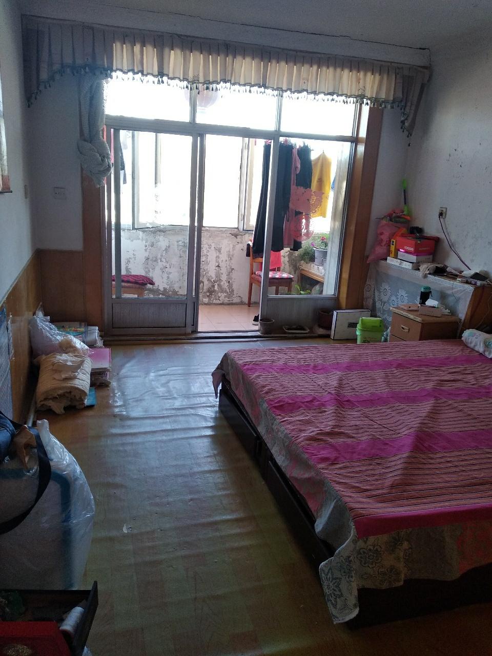 家属楼2室 1厅 1卫21万元