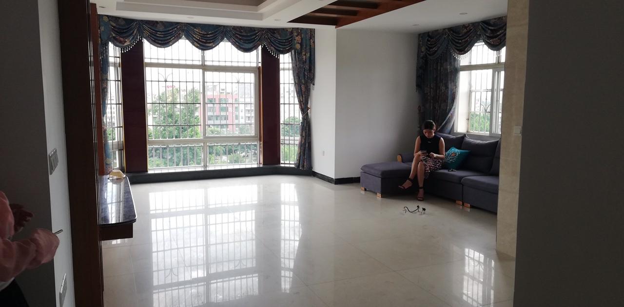 蘇馨園江景房3室 2廳 2衛78萬元