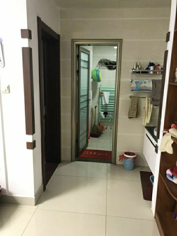 渤海华府兴安实验学区精装3室 2厅120平80万元