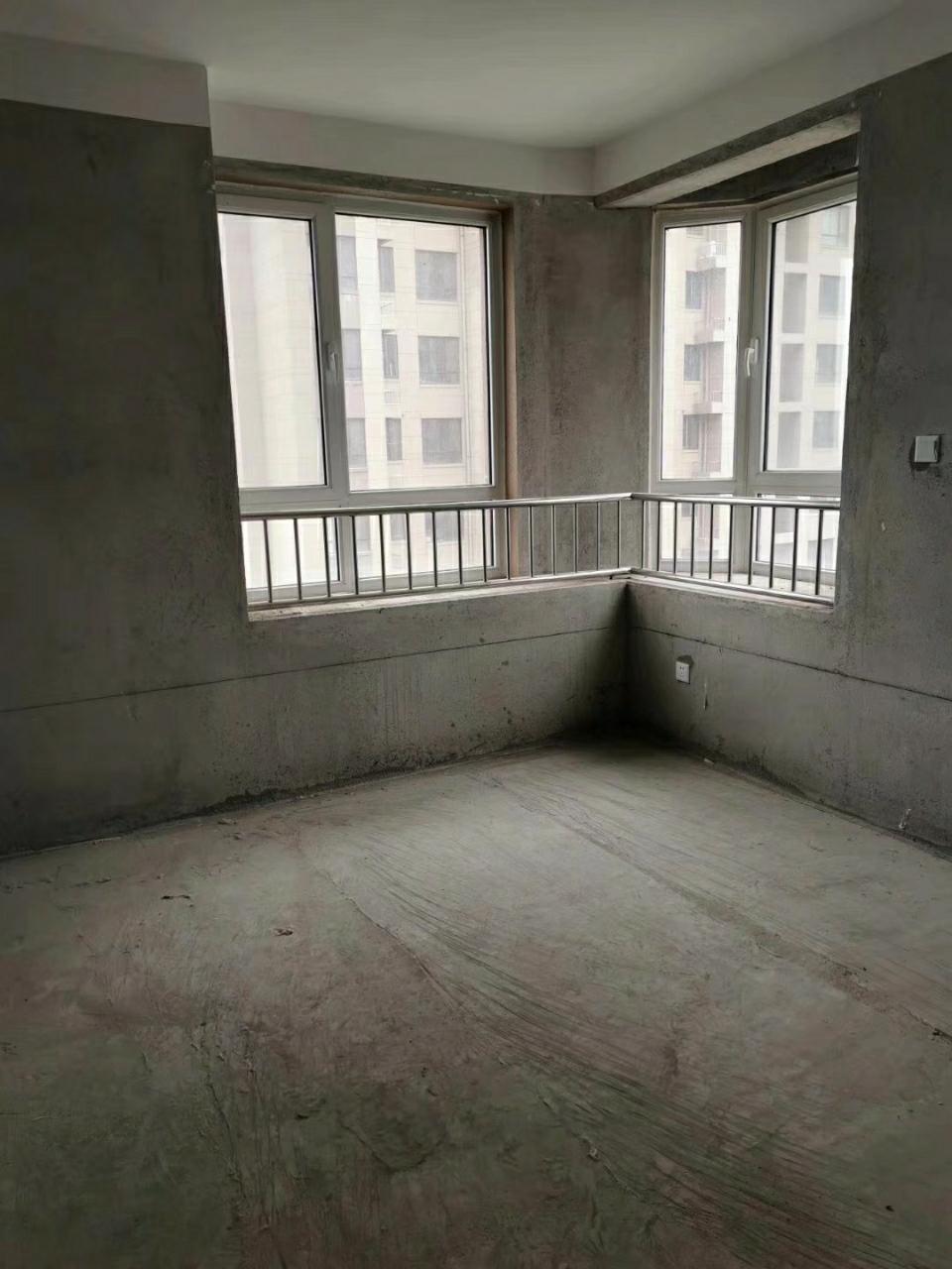 大海经典毛上三小实验中学3室 2厅136平95万元