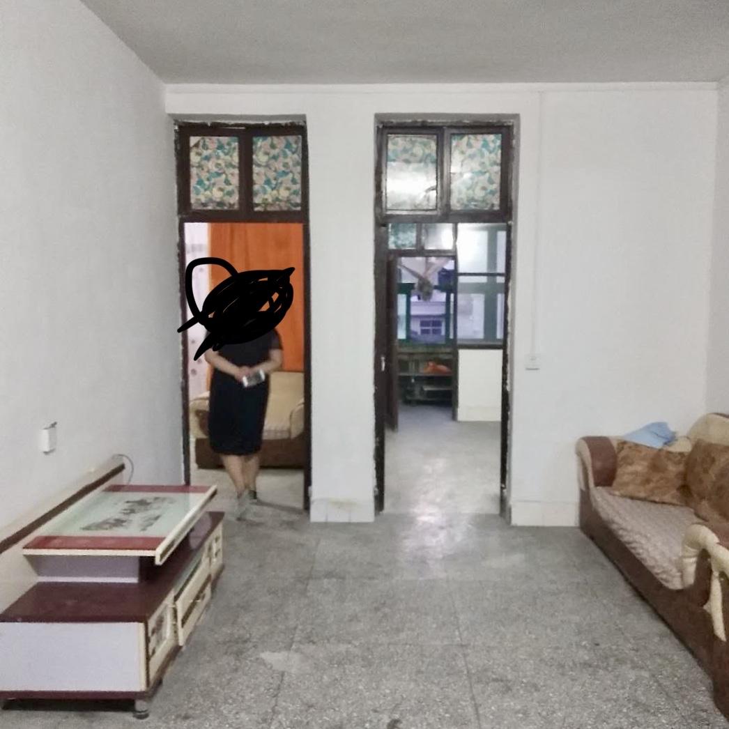 合顺医药公司宿舍2室 2厅 1卫24万元