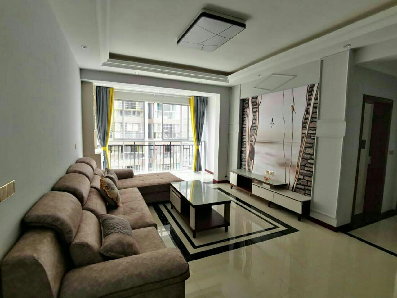 利城半岛3室 2厅 2卫64.8万元