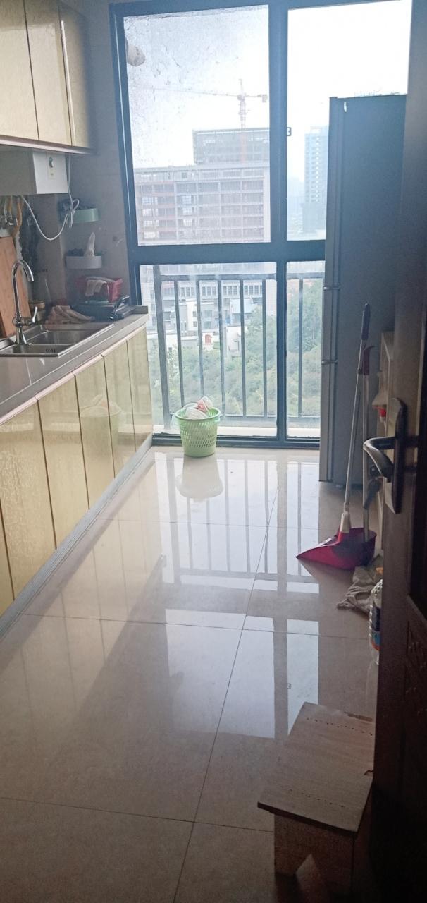 華安·御景園3室 2廳 1衛68萬元