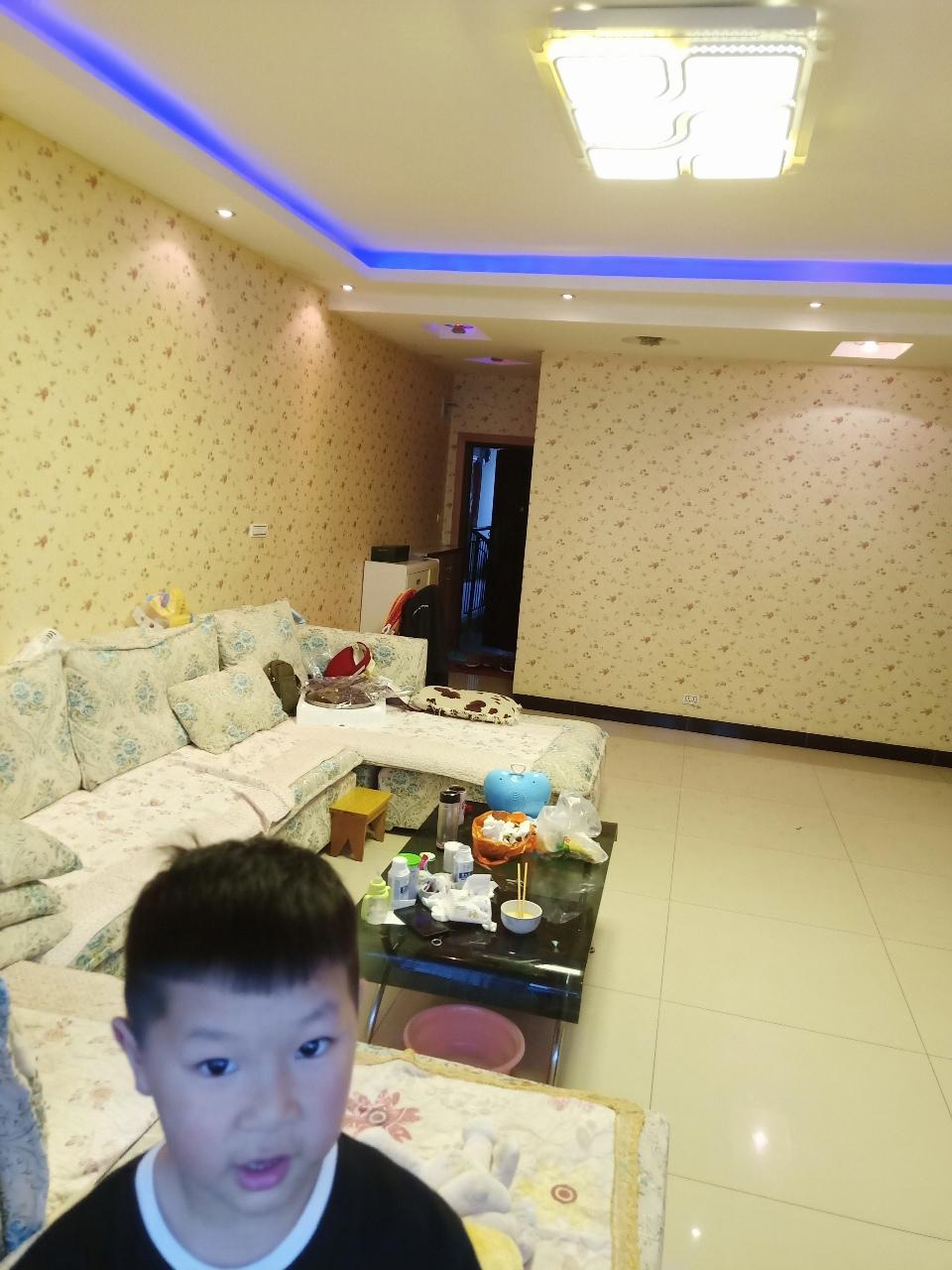 老成碧丽皇都3室 2厅 2卫44万元