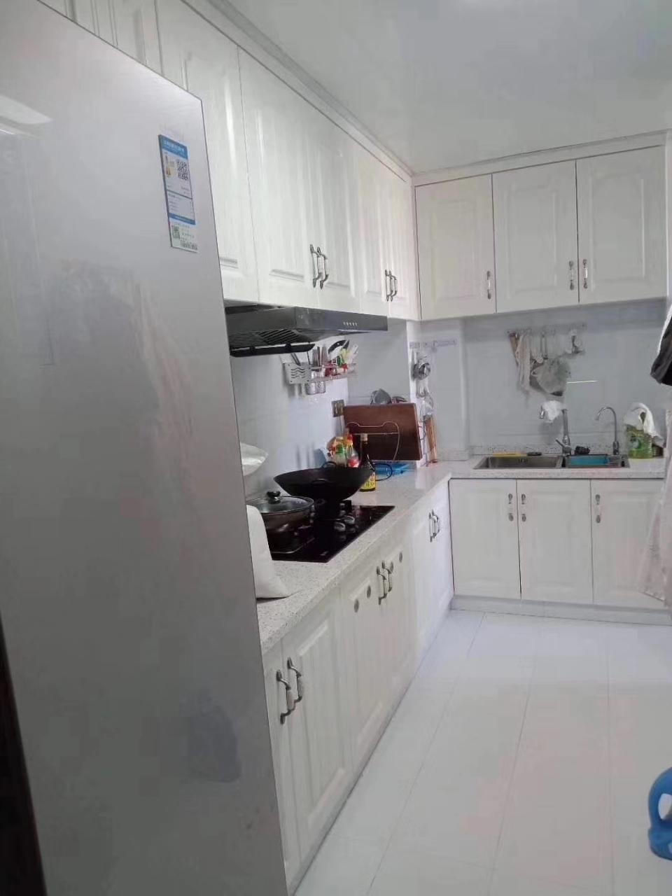 碧桂园3室 2厅 2卫62.8万元