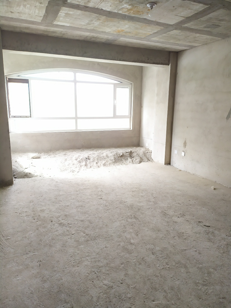 疏勒家园3室 2厅 1卫62.8万元
