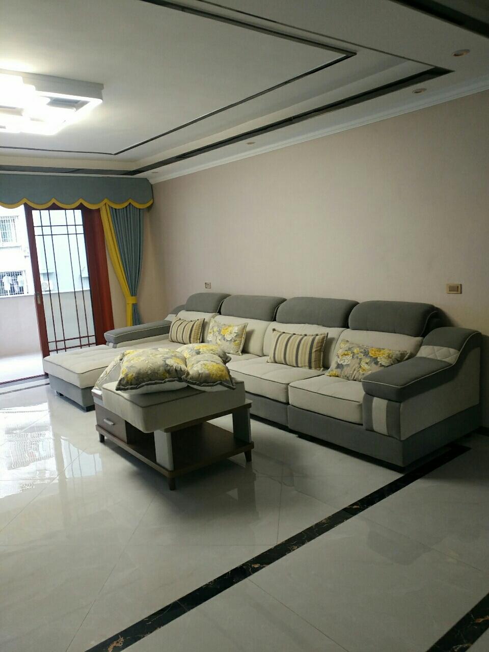 荔乡林小区4室 2厅 2卫66.8万元