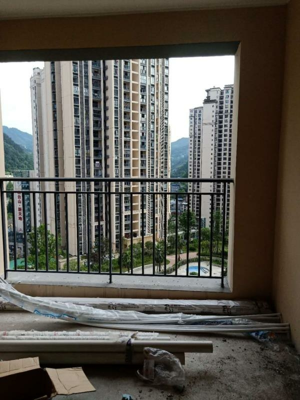 晋鹏·山台山3室 2厅 2卫59.8万元