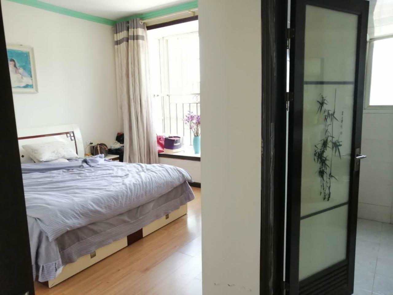 一中3室 2厅 2卫56.8万元