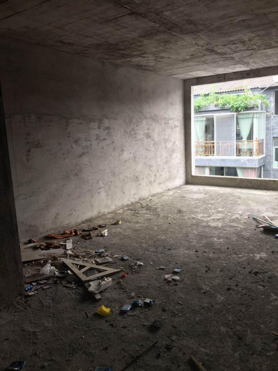 大坪子小区3室 1厅 1卫18.8万元