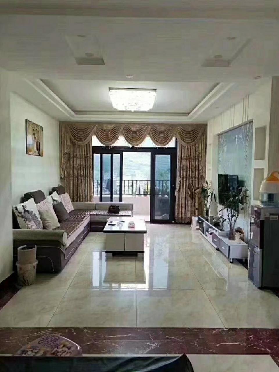 山台山洋房3室 2厅 2卫79.8万元