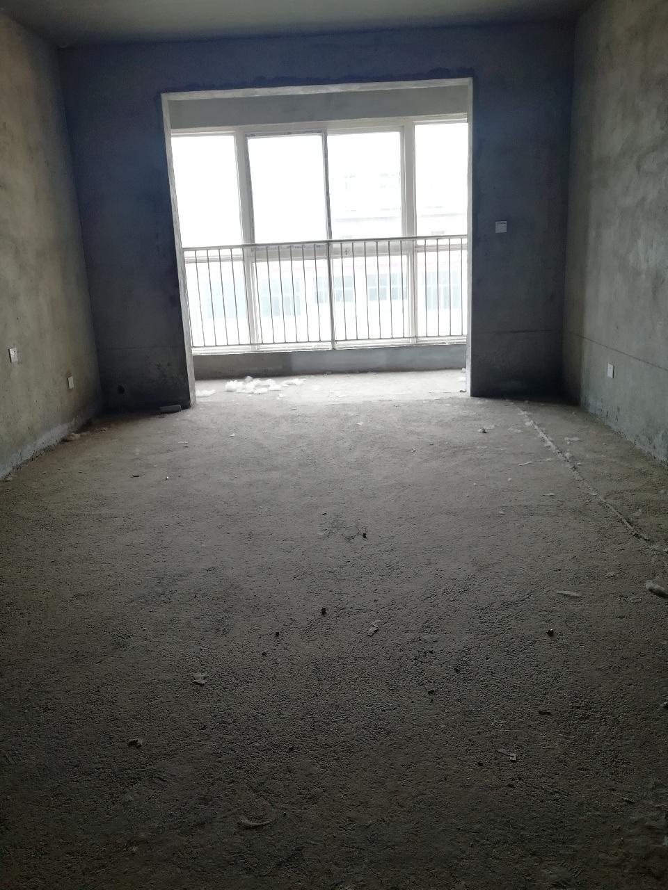 祥和家园大三室现房随时装修电梯好楼层