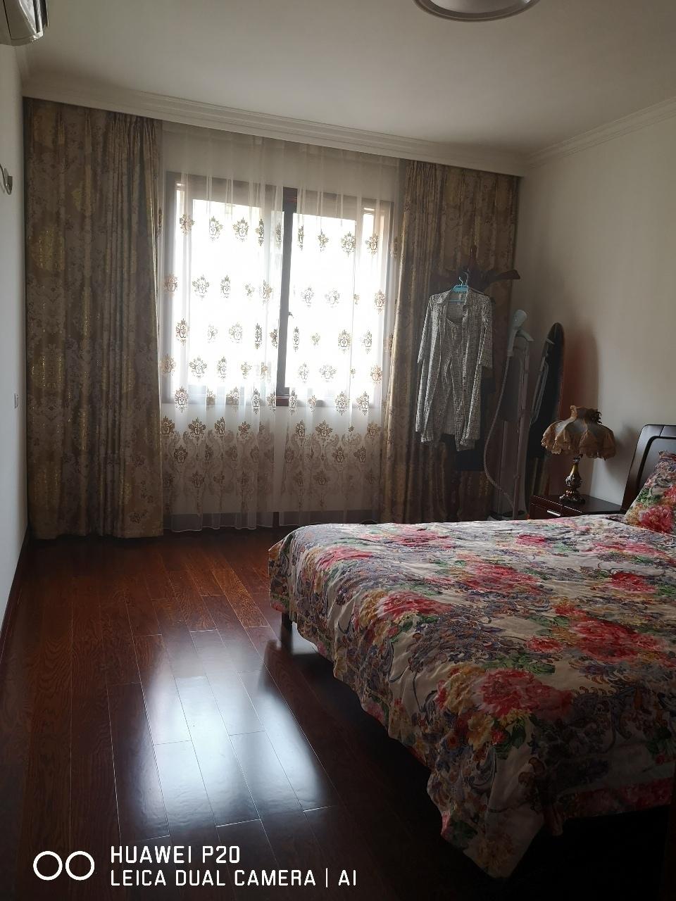 山台山洋房3室 2厅 2卫78.8万元