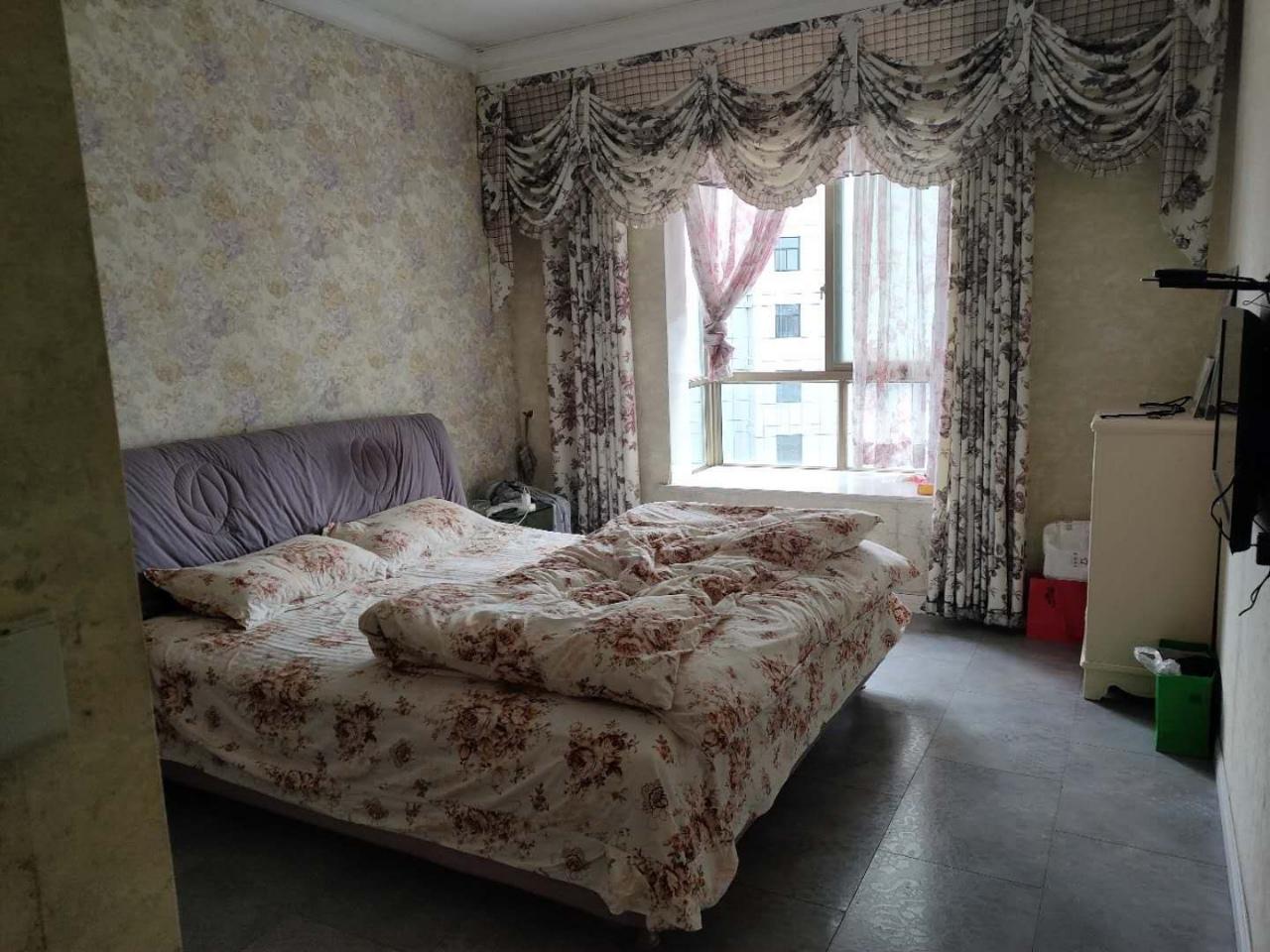 开洲大厦3室 2厅 1卫66.8万元