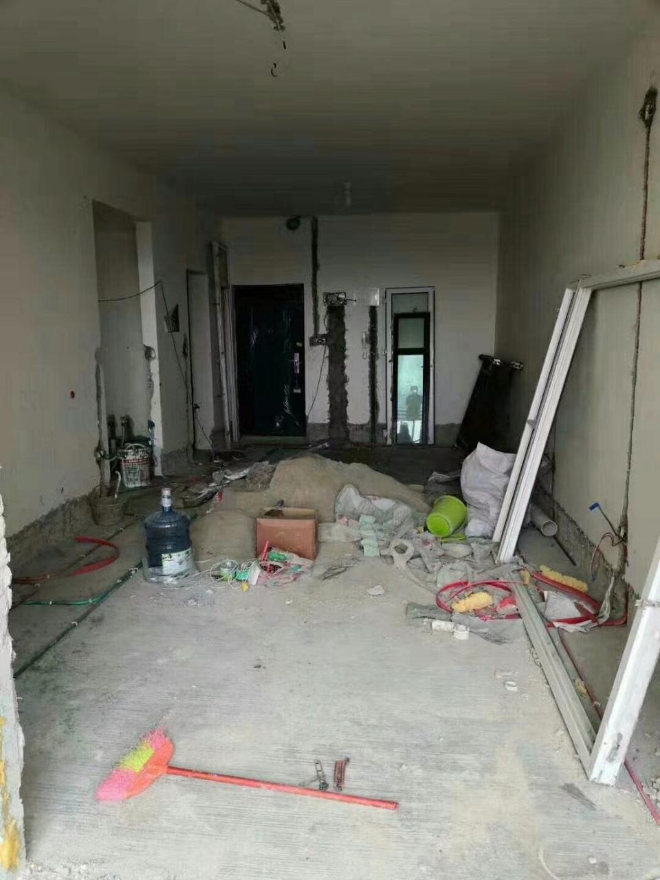谦翔财富中心2室 1厅 1卫34.8万元