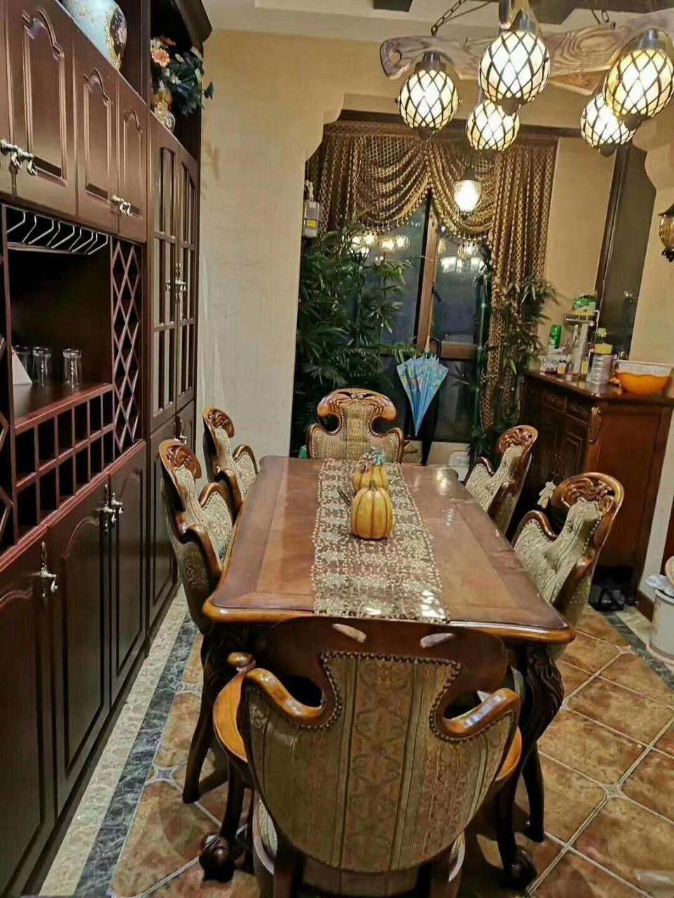 山台山3室 2厅 2卫108万元