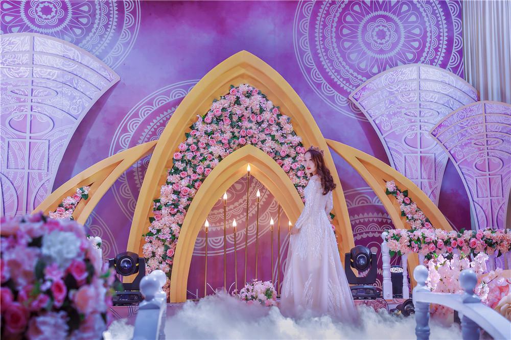 热烈祝贺甄爱宴会主题酒店入驻永康生活广场!让宴会变得高大上!