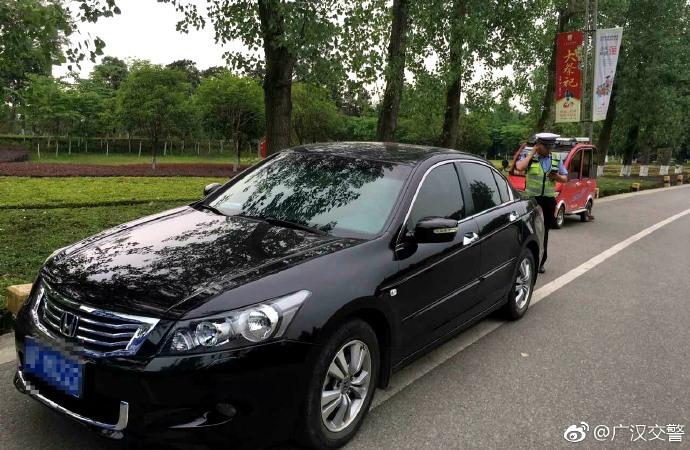 端午我在岗!广汉交警全力以赴做好端午节期间安全保卫工作(图片)