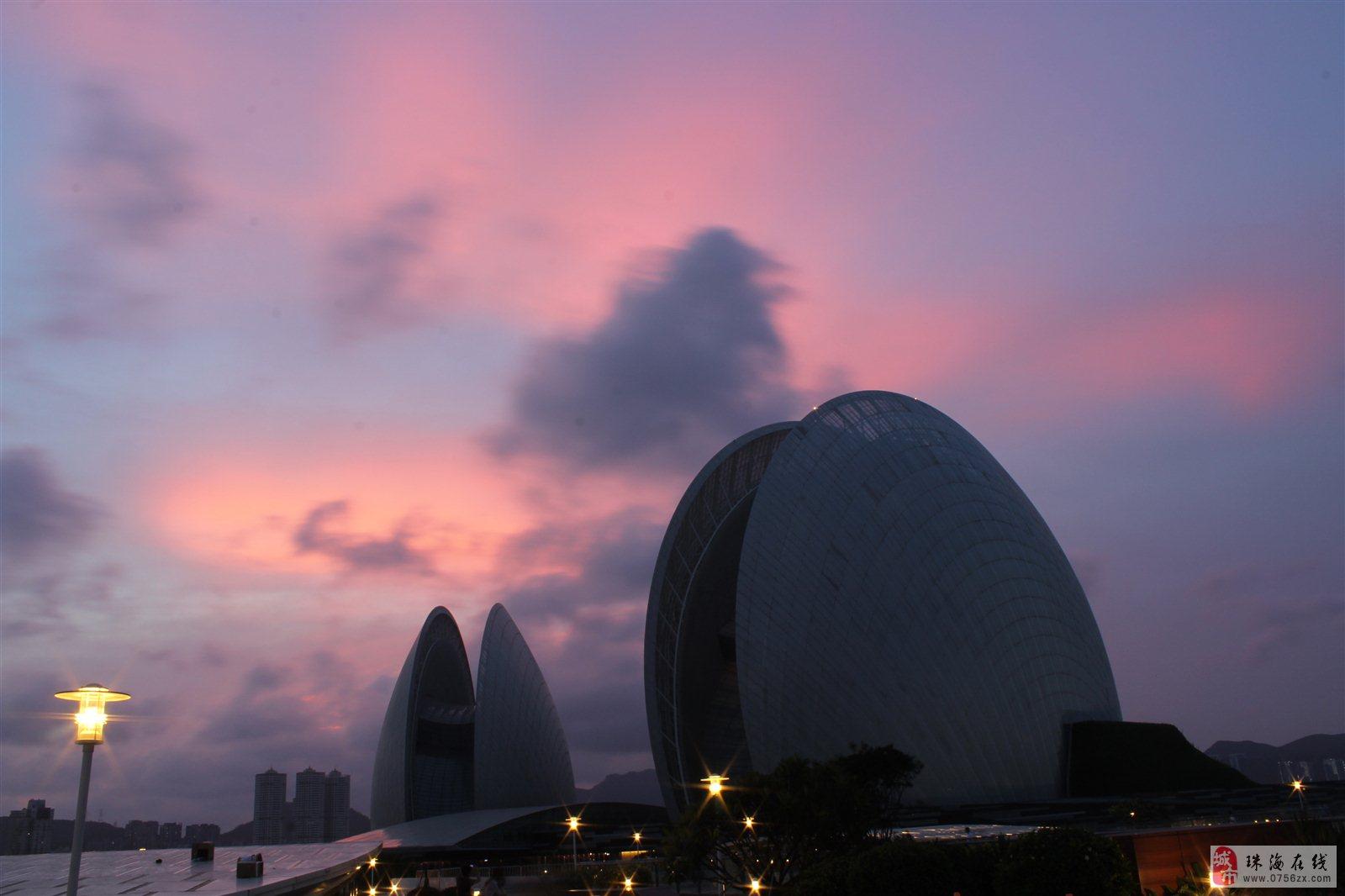 珠海歌剧院-日月贝