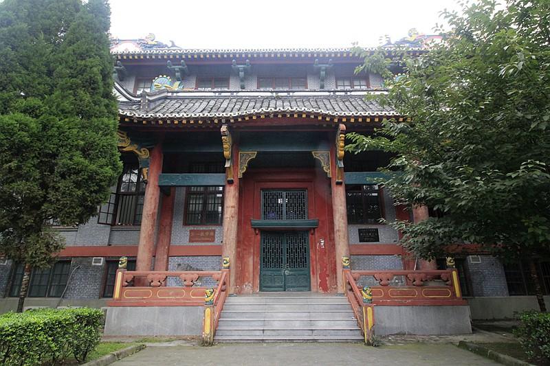 """华西坝老房子~~~成都是文化之都,华西坝可以说就是""""成都之都""""(图片)"""