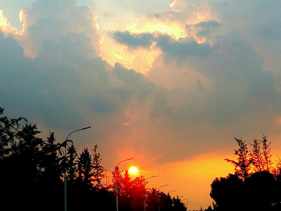 【原创】夕阳黄昏~~~傍晚的斜阳/数着秒速/它要落在最美的黄昏