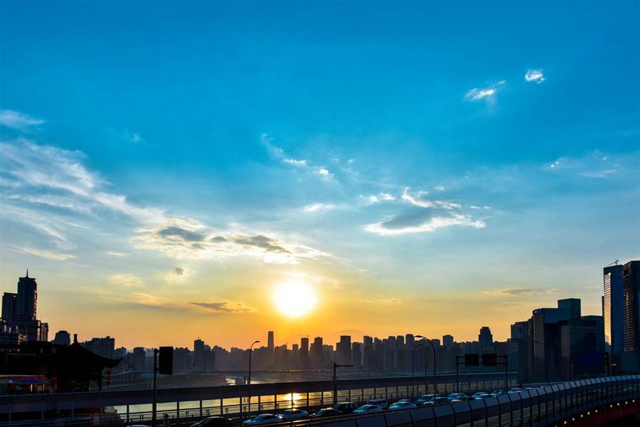 西南游――-重庆夜景、镇远古镇、西江苗寨(组图)