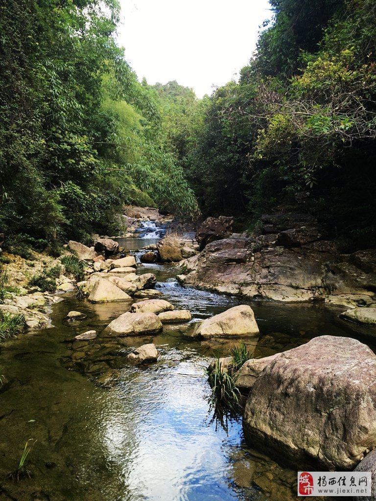 揭西山溪美景