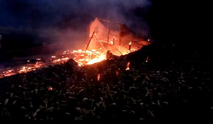 碗厂村民家中失火,牲口和粮食全部被烧掉