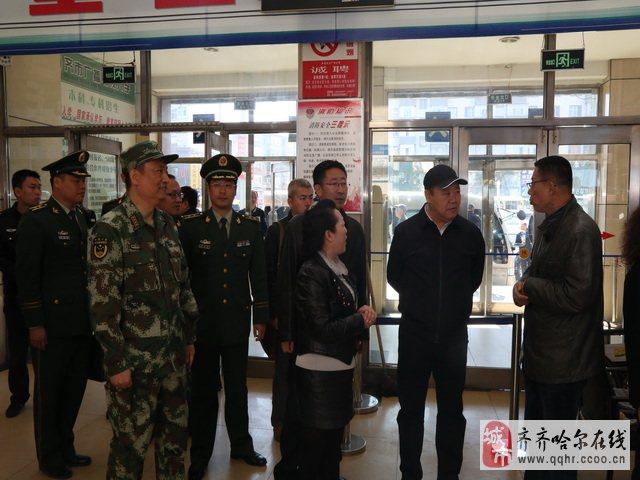 齐齐哈尔市政府副市长、公安局局长刘亚洲带队开展消防安全检查