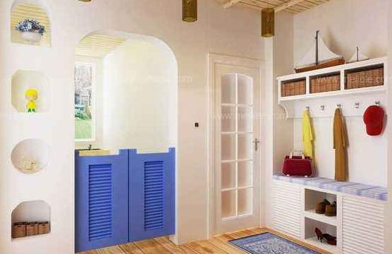 入墙鞋柜的设计不但能够节省空间,而且设计的好的话能起到