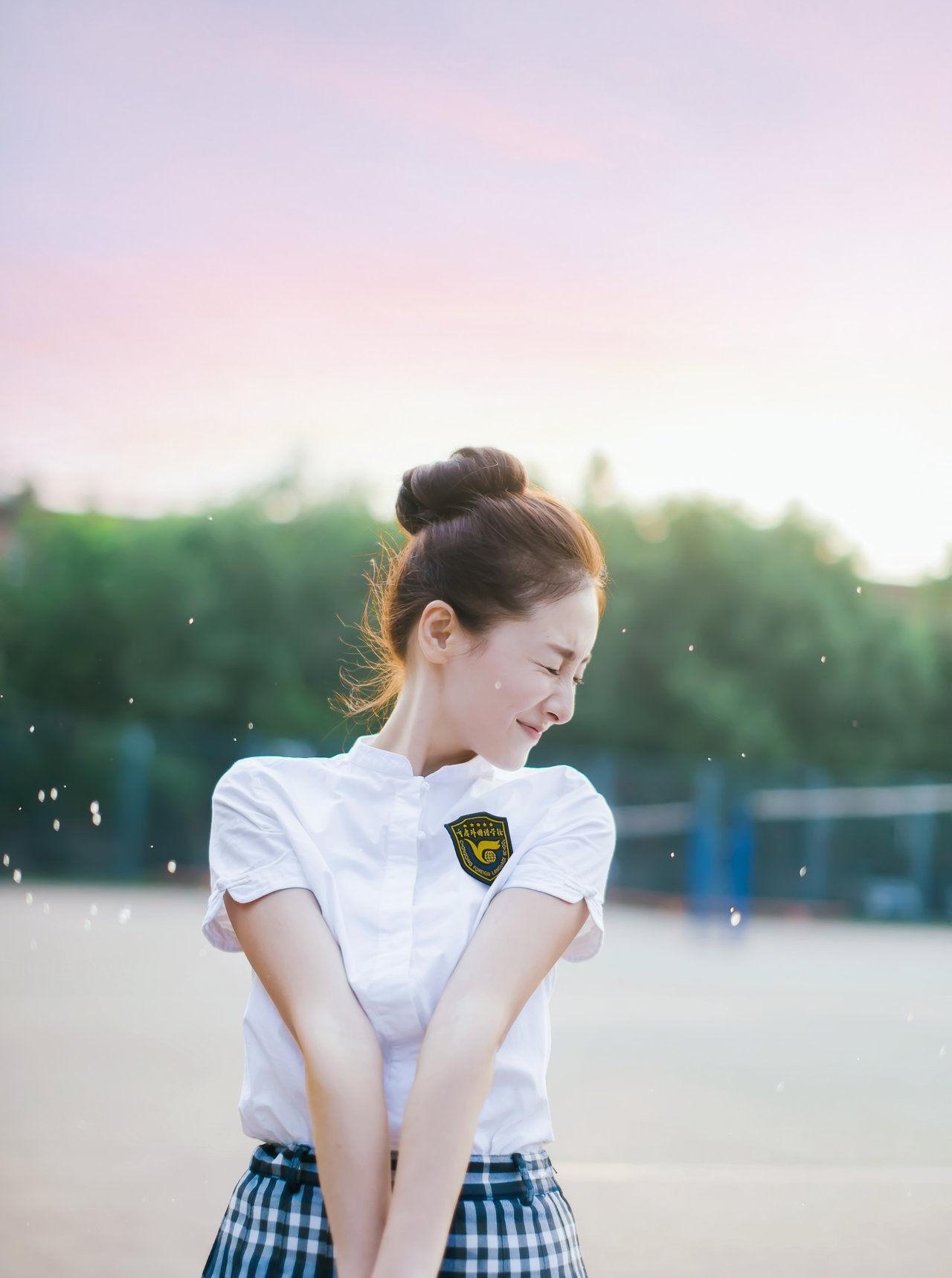 出淤泥而不染,濯清涟而不妖――清纯女演员叶青