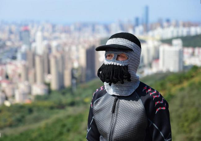 这种天气出门锻炼身体,毛线脸基尼是你不错的选择!――郑州港区网