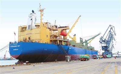 珠海港集团与中粮集团加强战略合作 中国大米经高栏港出口非洲
