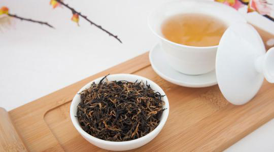 """香港基因港总裁王骏教授:茶言"""" 观色中国茶"""