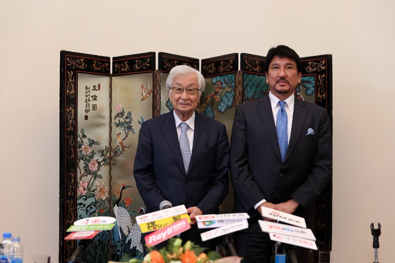 专访:日本美容外科权威盐谷信幸教授、亚洲微整第一人古山登隆
