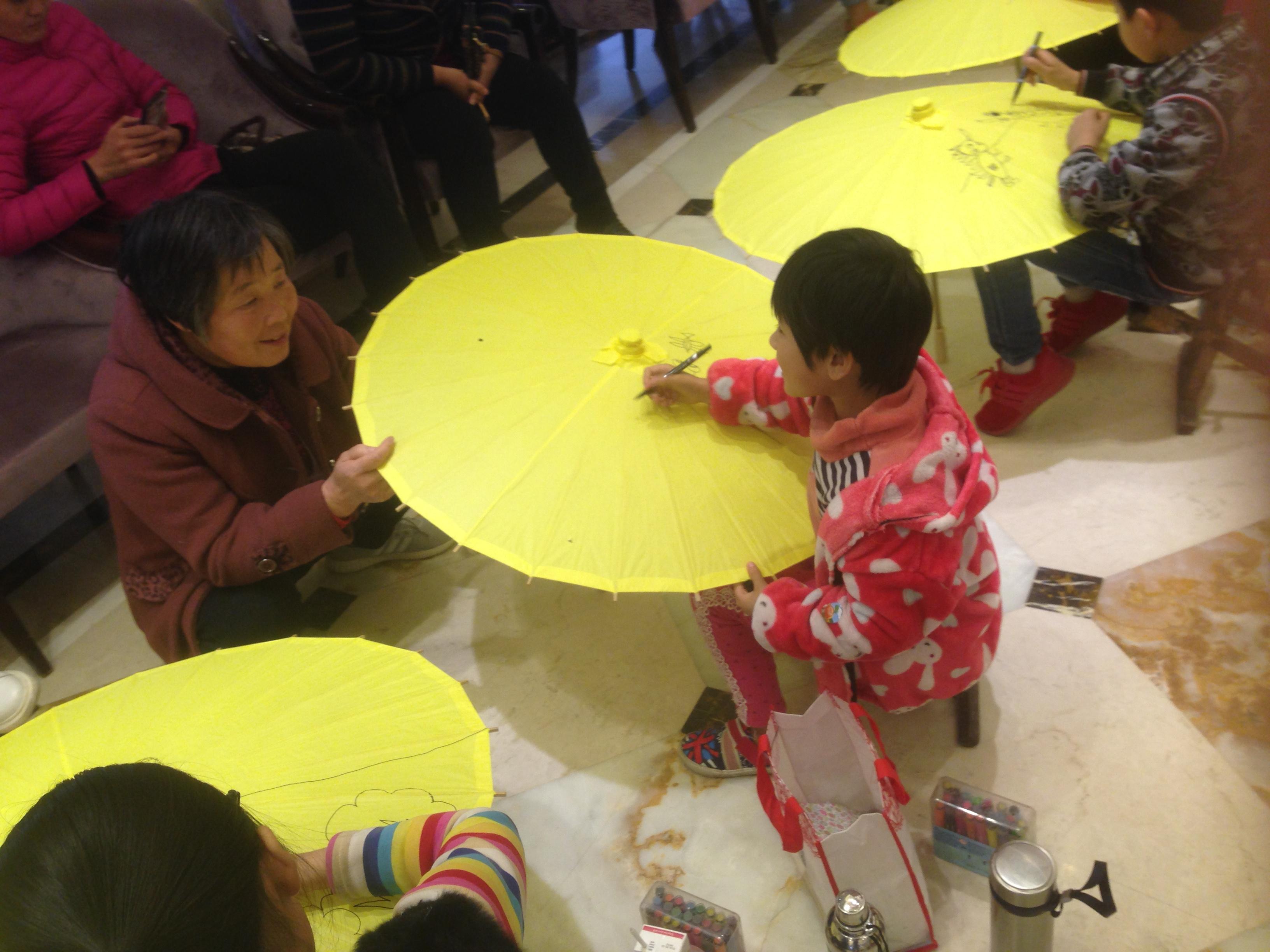 活动丨丨碧桂园翡翠湾之手绘油纸伞