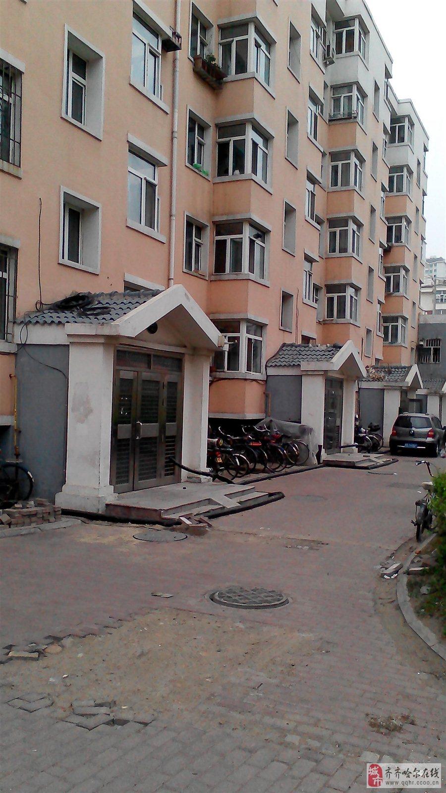 鹤乡新城房子,位置好、楼盘好、楼层好。