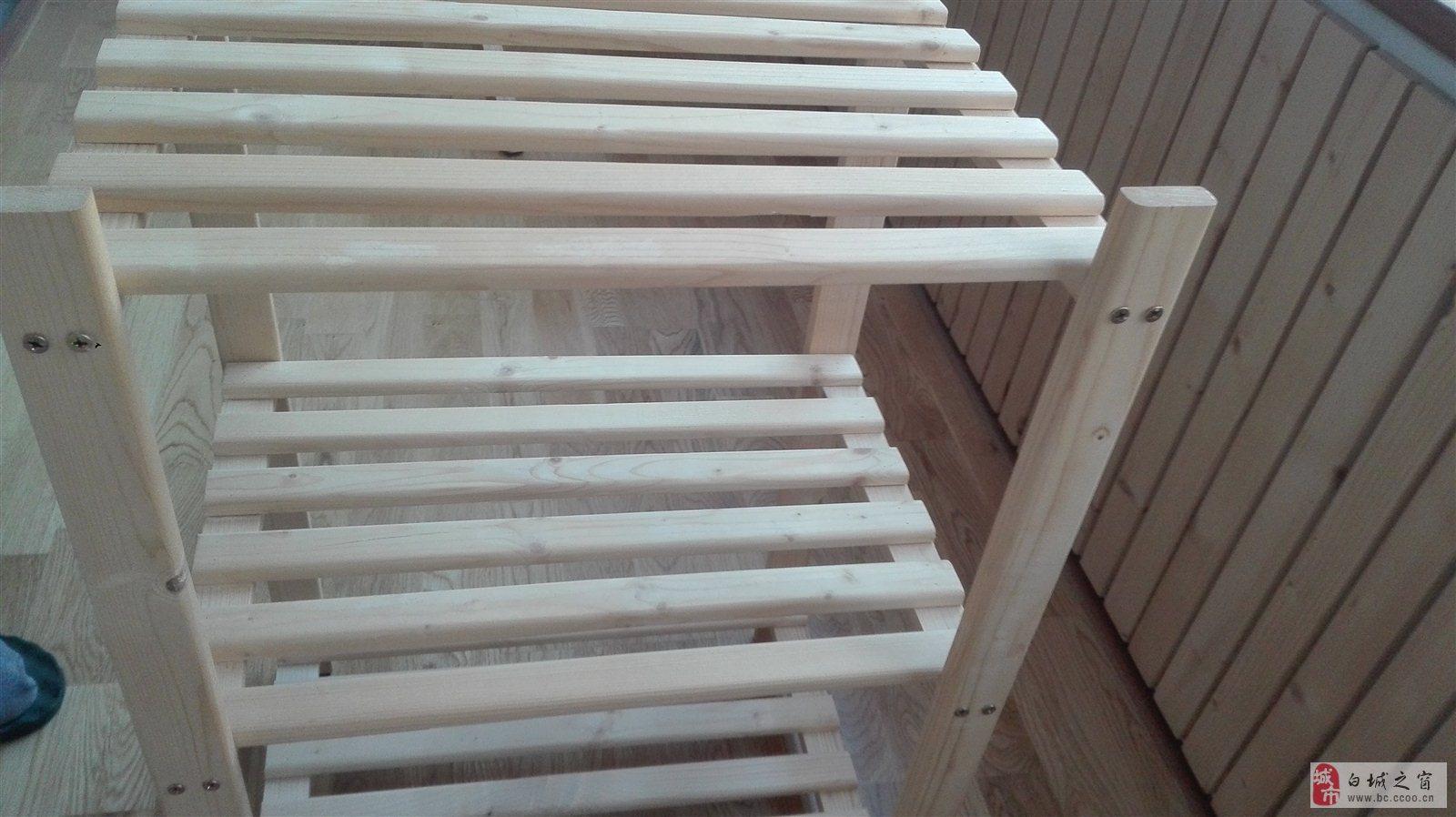 便宜出售实木置物架一个