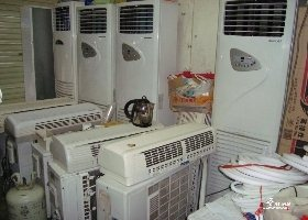二手空调,出售,有意者,请联系维修移机清洗加氟回收