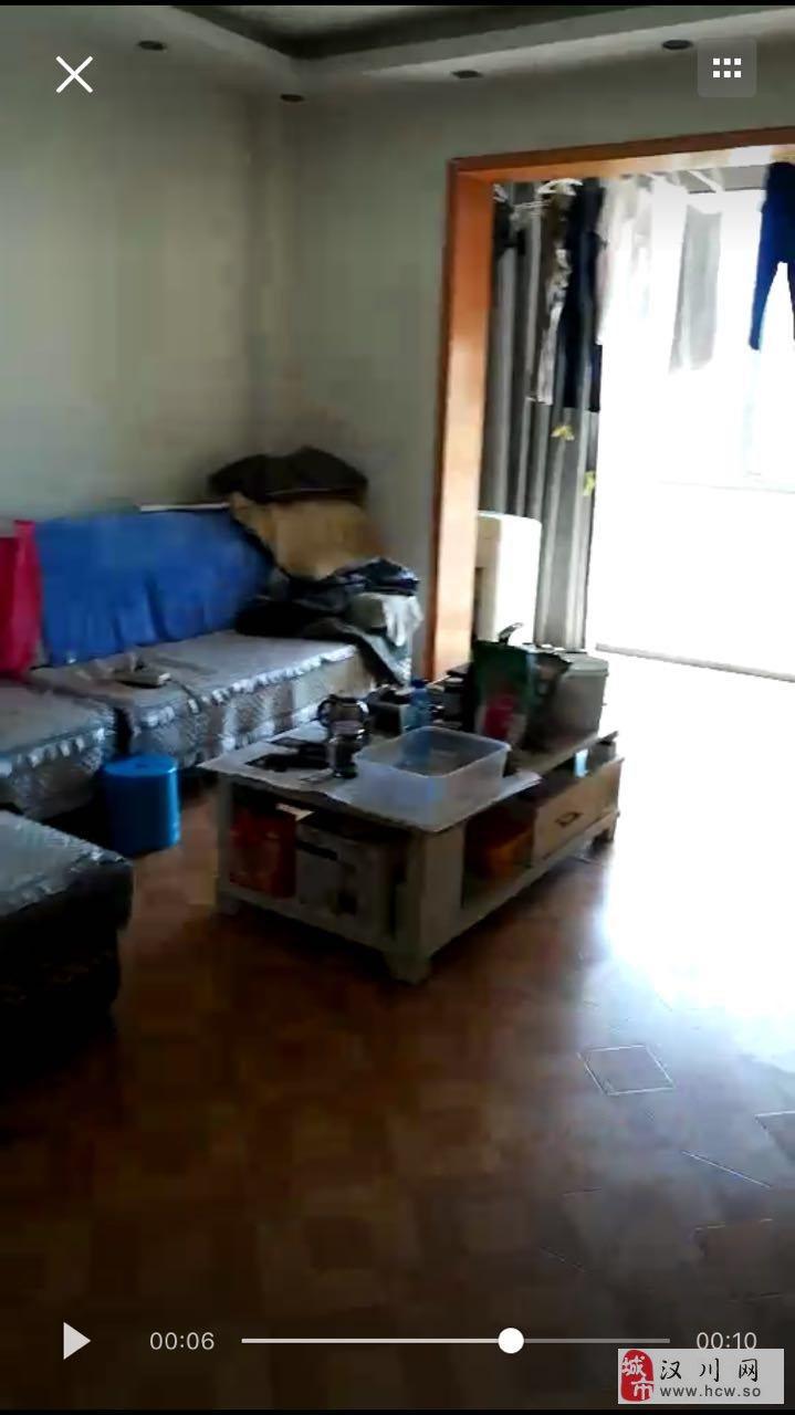 阳光城3室2厅2卫28.5万元