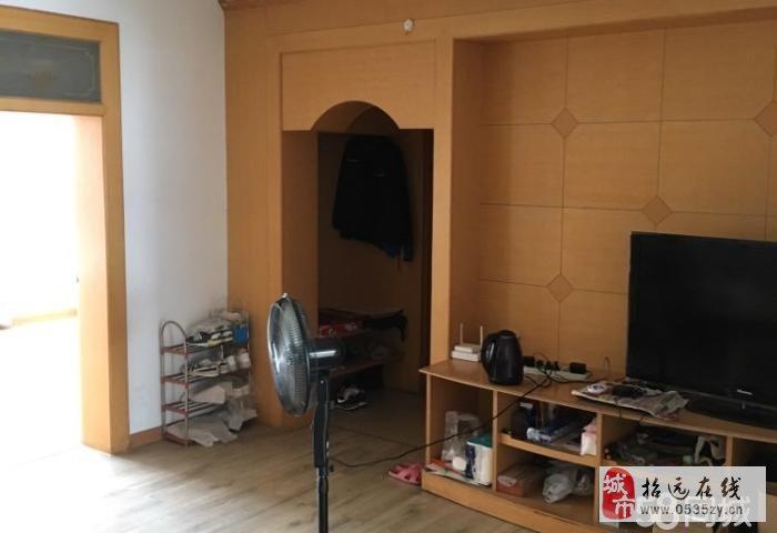 招远出售【向阳西区】5楼110平米3室2厅1卫42万元