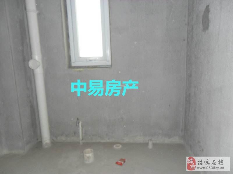 招远出售【丽山花园】94平带平台3室1厅1卫50万元