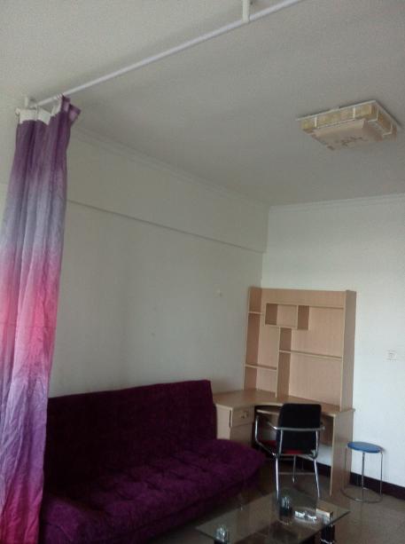 (个人低价)北龙湖万龙花园1室1厅精装齐全!