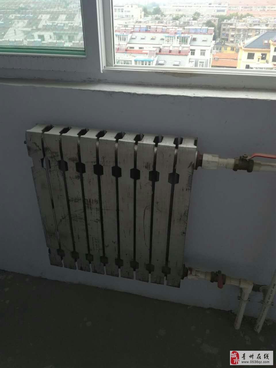 全新铸铁暖气片